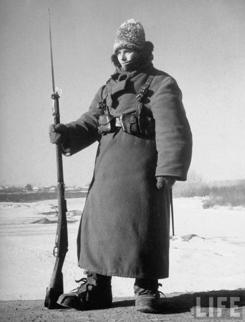 Romanian soldier at -35 degrees Celsius. Prut, 1940